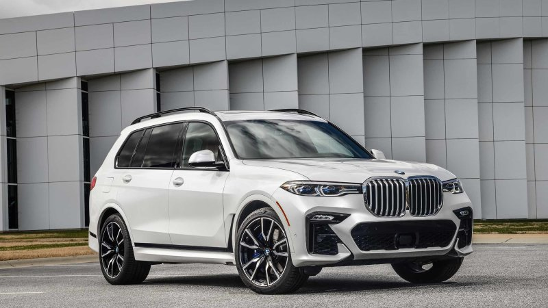 2020 BMW X5 M50i and X7 M50i get 8 Series' 4.4-liter V8