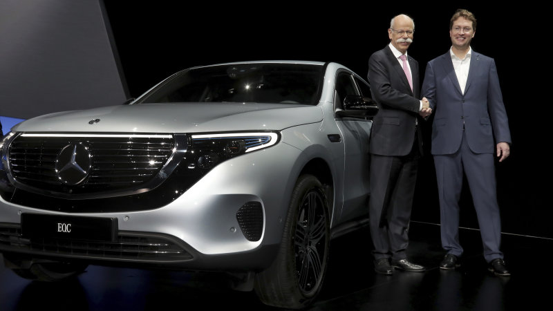 Dieter Zetsche spoke to Daimler shareholders before stepping down as CEO