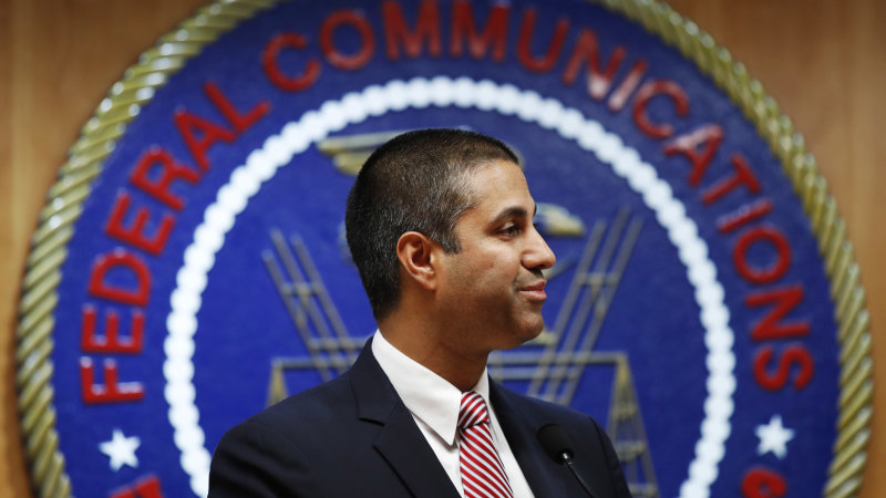 FCC delays review of spectrum assigned to vehicle communication