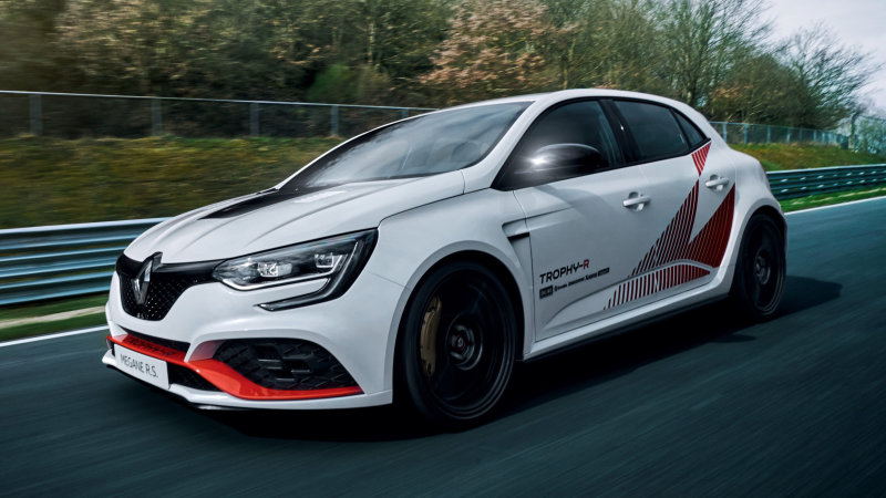 Renault Megane R.S. Trophy-R takes front-drive Nurburgring record
