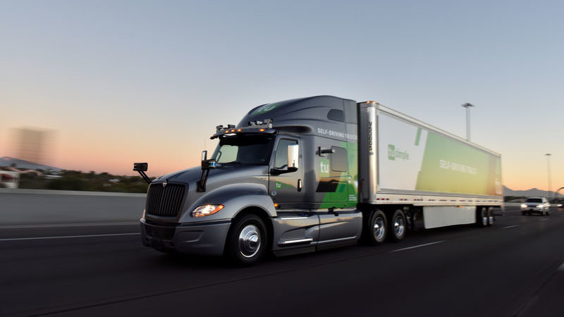 Self-driving trucks are transporting U.S. mail from Arizona to Texas