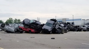 Tornadoes kill 3 in Missouri, cause heavy damage at car dealership