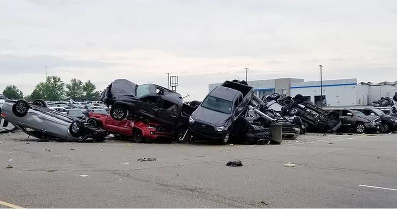 Tornado damage in Jefferson City, Mo.